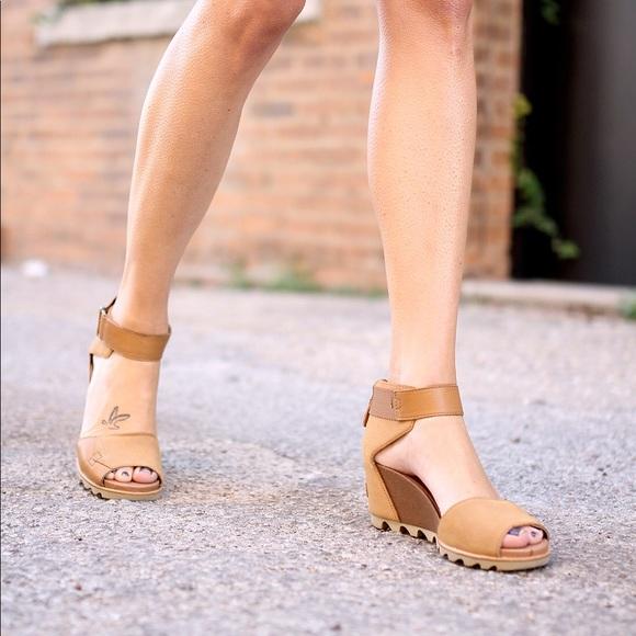 65c5c7c37 SOREL Joanie Wedge Sandal, worn once. M_5a909ebec9fcdf1cd38efb7c